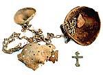 Фрагменты кадила и крестик