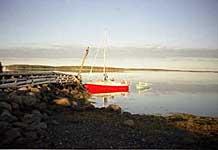 Яхта «Норд-Вест» у причала Большого Заяцкого острова. 2000 г.