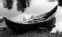 Копия лодки из Туны в Баделунде