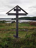 Поклонный крест в Керети. Фото 2004 г.