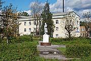 Центральная площадь в Пудоже
