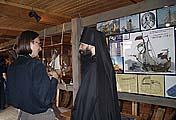 На открытии музея