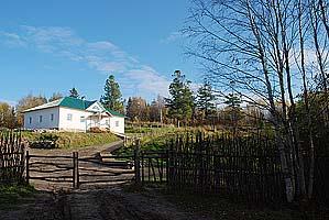 Филиппова (Иисусова) пустынь, келейный корпус. Фото 2007 г.