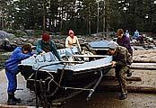 Илл. 7. «Дорога» при спуске лодки
