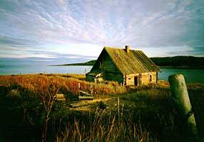 Изба XIX в. на Троицкой спасательной станции на острове Анзер