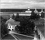 Вид на Троицкий комплекс Александро-Свирского монастыря, 1909 г. Фото С.М.Прокудина-Горского