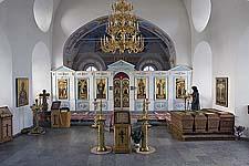 Илл. 16. Интерьер церкви. Вид на восточную стену с аркой алтарной преграды (после реставрации)