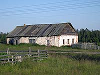 Здание бывшего завода глиняной посуды